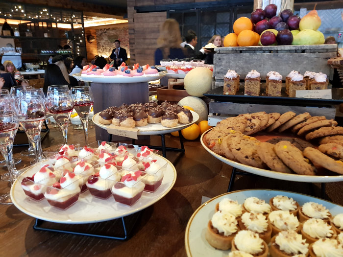 Review: Bottomless Brunch, Oxbo